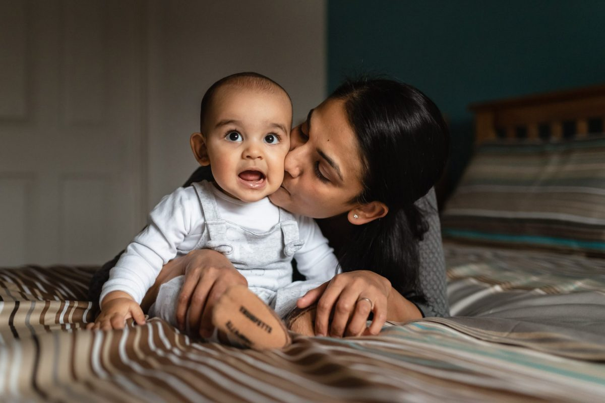In-Home Baby & Family Photo Shoot - Gorgeous Rohan