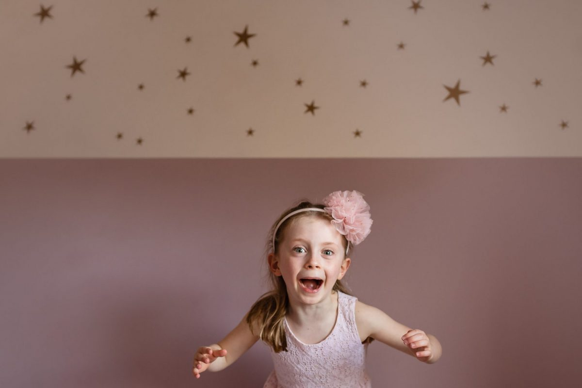 Top tips for taking better photos of your kids indoors